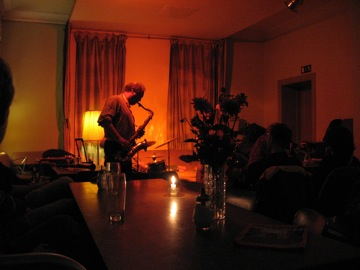 Tobias Delius at Cafe Niessen
