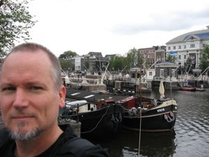 On Herengracht, walking around the corner from the STEIM's guest house to the studios...
