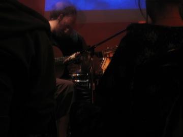 Mikaele Pellegrino, guitar