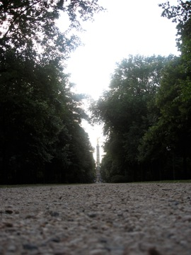 Siegessäule, approached through Tiergarten