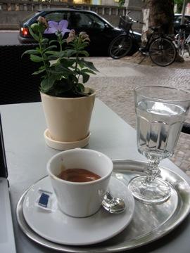 Espresso at Rüdesheim Platz